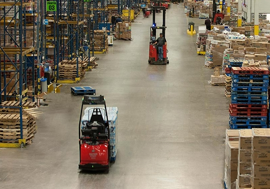 Raymond Courier Automated Pallet Truck in Dock Operation