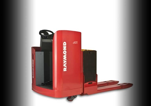 Raymond 8900 RIding Pallet Truck with Raymond
